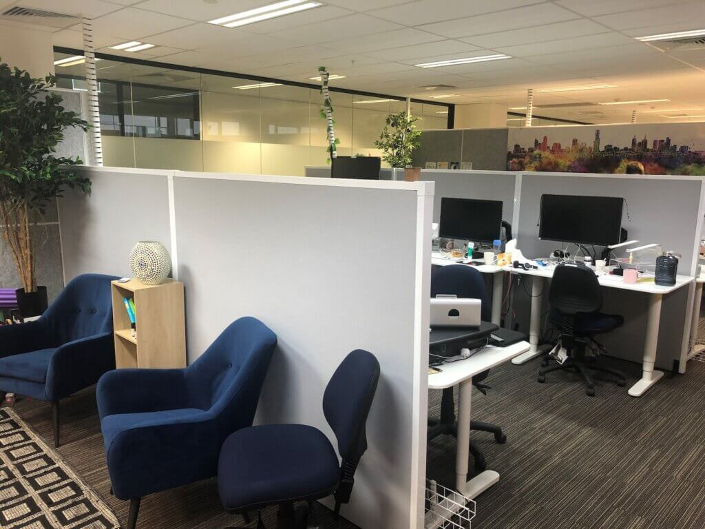 Freestanding Office Partitions